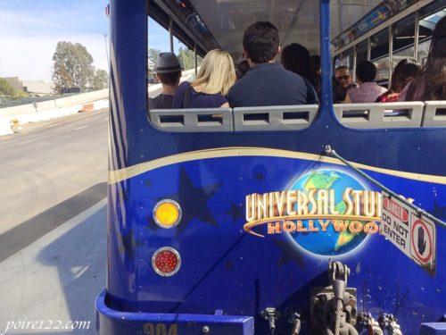 カリフォルニアのユニバーサルスタジオのシャトルバス