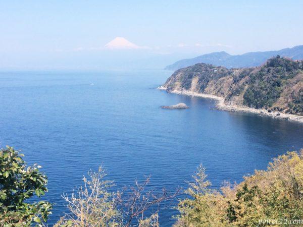 恋人岬から見える富士山