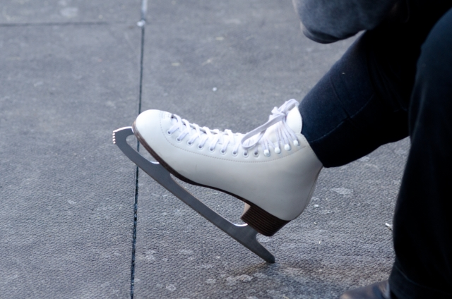 フィギュアスケートのスケートぐつ