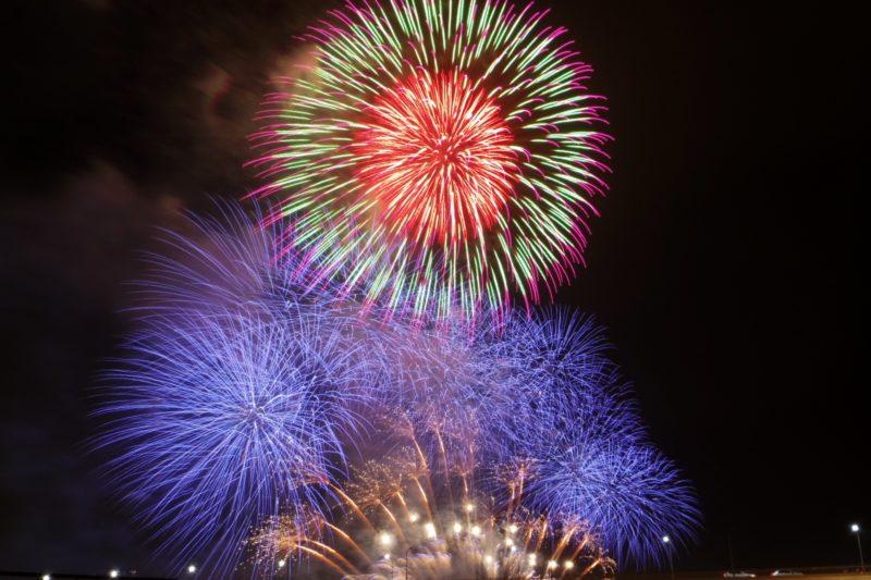 淀川花火大会2019の屋台や場所取り情報と穴場スポットについて!