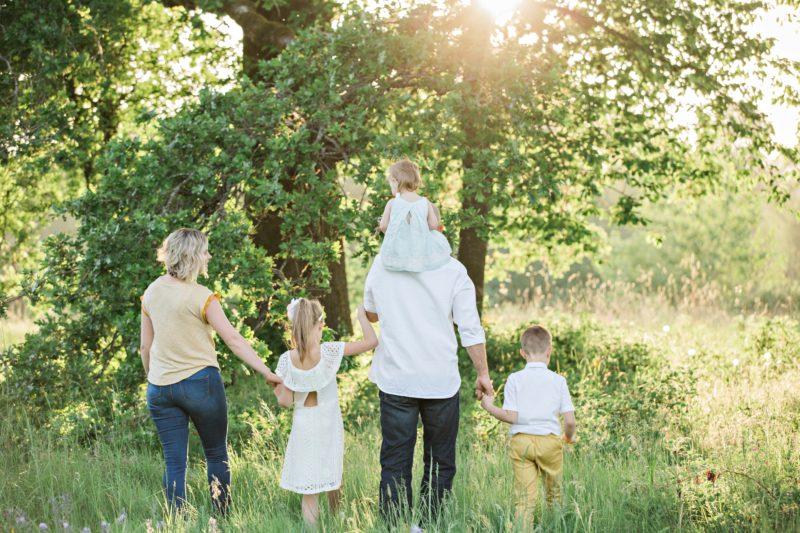 転勤族の子供はいつまでついていく?何を優先するかで変わる