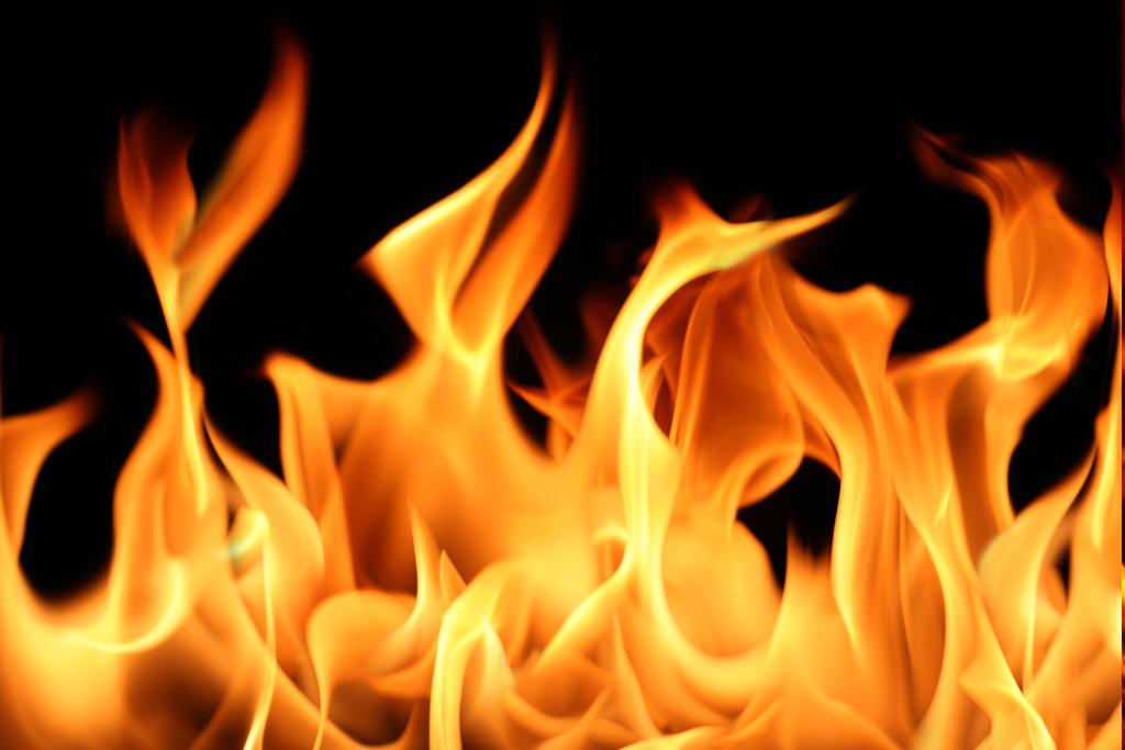 火事の夢は吉夢?意味と燃え方でわかる3つのポイント