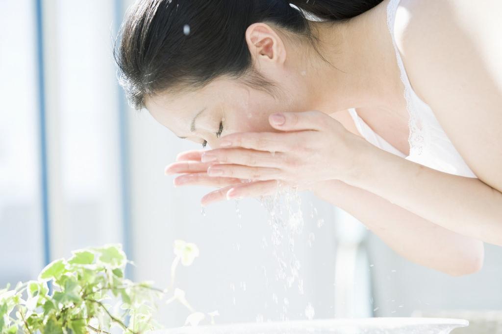 ぼつぼつ毛穴をなくすには洗顔だけじゃダメ?洗いすぎは厳禁!