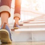 階段の夢は人生の象徴?夢占いで「階段の夢」の意味を徹底分析