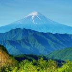 【夢占い】山の夢はモチベーションの象徴!?パターン別の意味とは