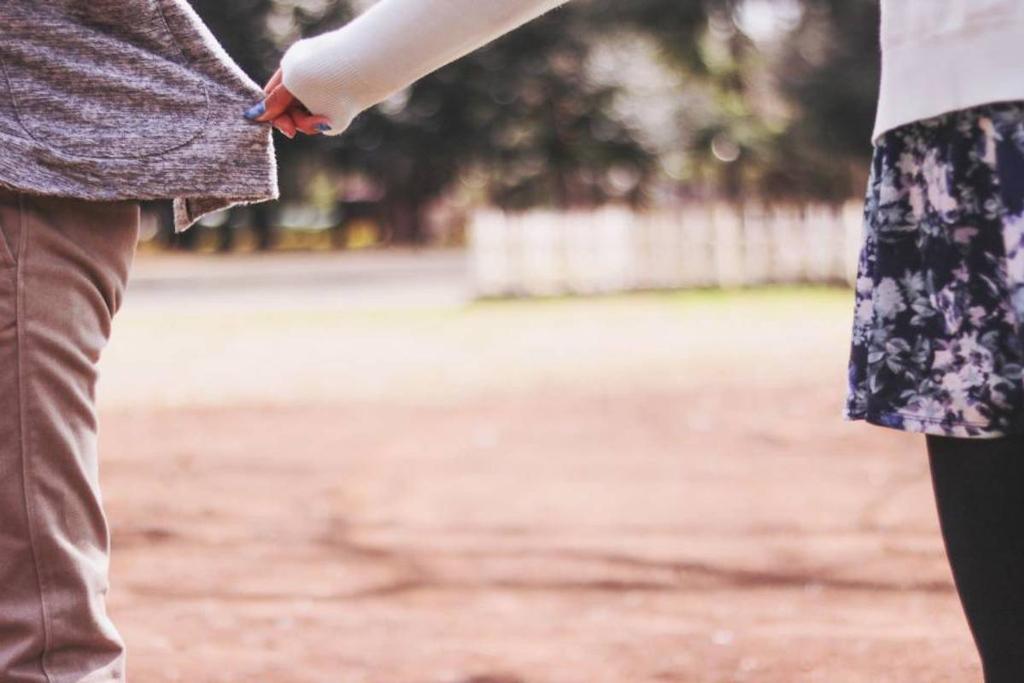 もしかして恋愛依存症?恋愛と依存の見分け方や克服方法