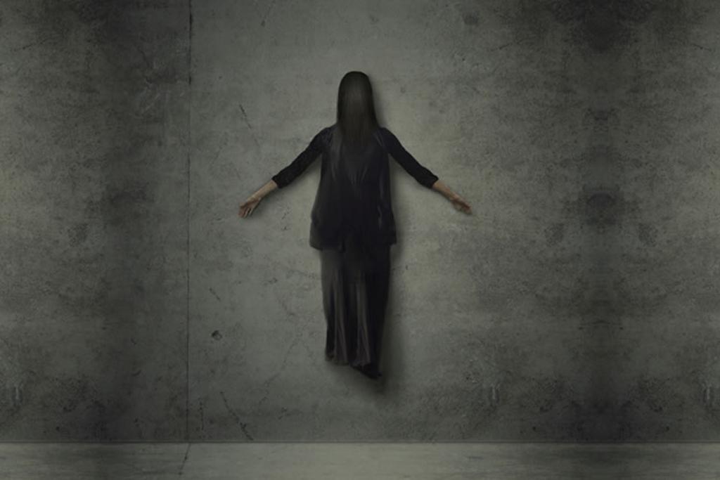 【夢占い】幽霊の夢の意味は未知の経験!?夢占いの意味を状況別に分析